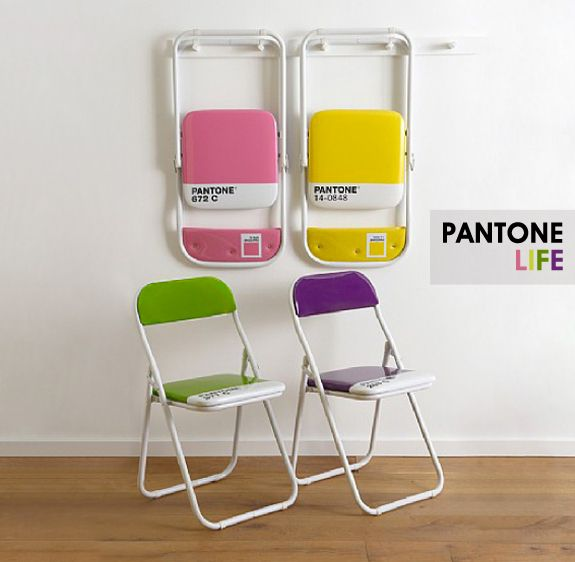 Cadeiras Pantone