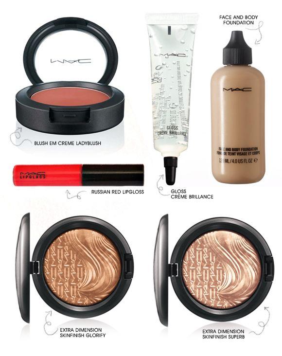 Maquiagem queridinha: pele perfeita, boca vemelha e olho molhado